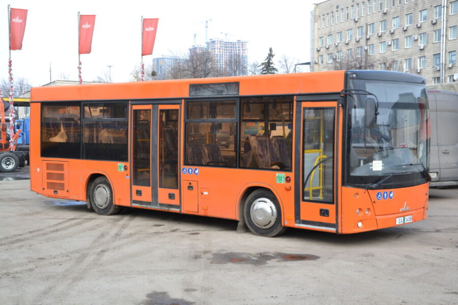 МАЗ 206063